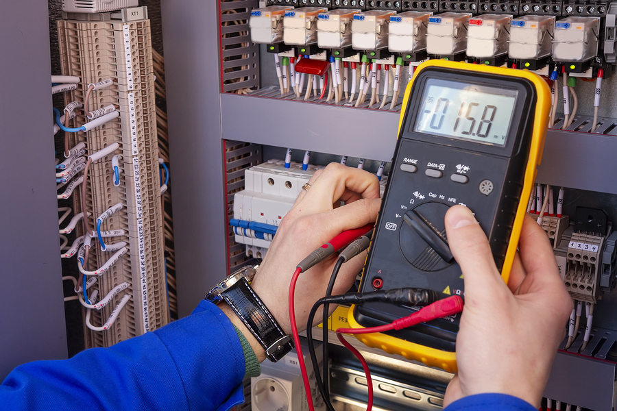 How to Check Voltage with a Multimeter